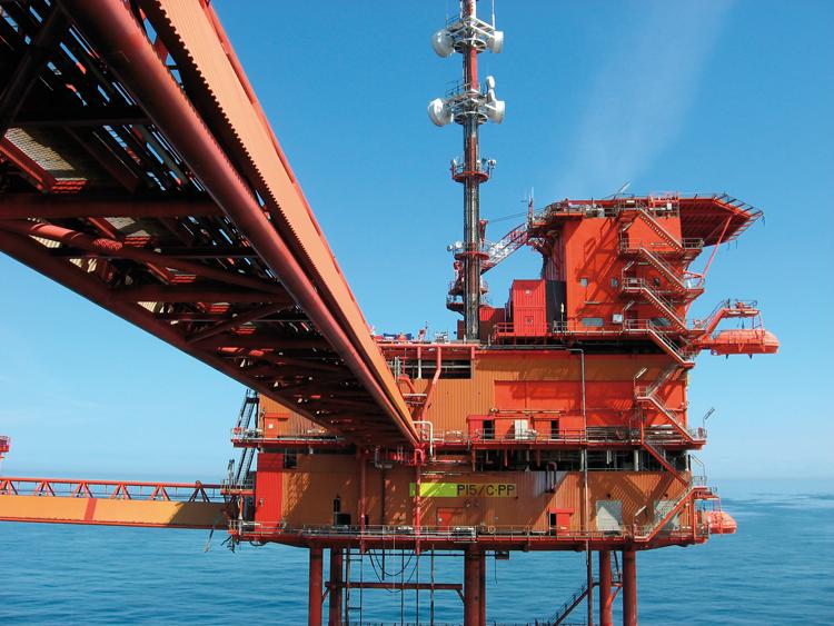Redding en evacuatie oplossingen voor-offshore-installaties boorplatforms productieplatforms