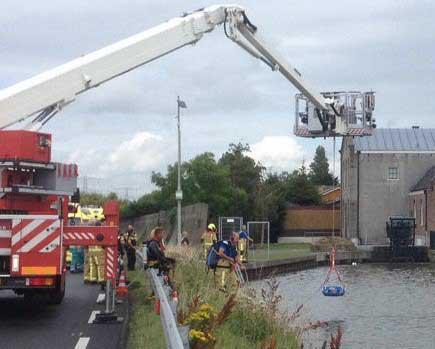 Drenkelingenkorf-D90-redding-drenkelingen-water-brandweer