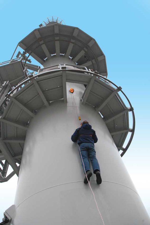Evacuatie-toestel-MPED450-toren-Marine-Den-Helder