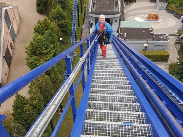 HONORail-8800-systeem-verticale valbeveiliging rollercoaster